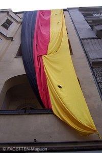 größte deutschlandfahne berlins, neukölln, youssef bassal, fußball-wm 2010, frauenfußball-wm 2011