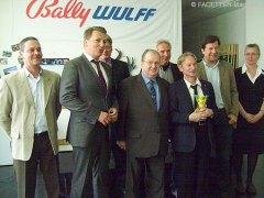 40jähriges betriebsjubiläum von jürgen mentzel (3. v. r.) bei bally wulff