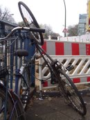 fahrrad-parkplatznot_u8 leinestraße_neukölln