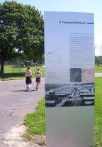 infotafeln zur geschichte des tempelhofer felds, zwangsarbeiterlager, berliner forum für geschichte und gegenwart