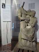 statue die deutsche familie_museum neukölln