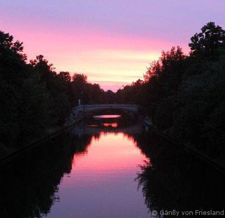 Sonnenuntergang Neuköllner Schiffahrtskanal_Elsenbrücke_© Gänßy von Friesland