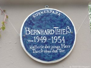 bernhard thieß_the blue plaque_körnerpark neukölln