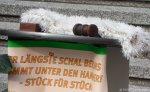 versteigerung längster schal von berlin_rathaus neukölln