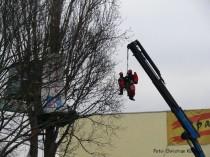 klettertrupp_a100-protestpappel_neukölln