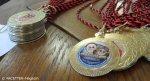 medaillen_konfliktlotsen-ehrung_bvv-saal neukölln