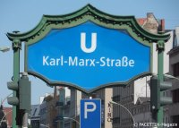 u-bahnhof karl-marx-straße_neukölln