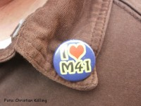 i love m41-button_ahoj souvenirmanufaktur neukölln