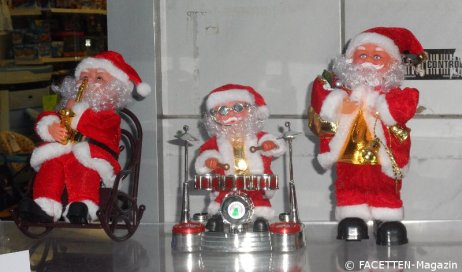 3.advent_neuköllner weihnachtsmänner-trio