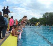 start_neuköllner schwimmbär-auftakt_kombibad gropiusstadt