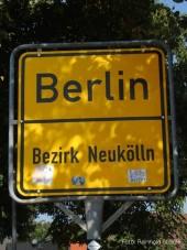 ortsschild berlin-neukölln