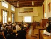 bvv-saal_konferenz integration von fluechtlingen in neukoelln