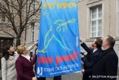 tag-gegen-gewalt-an-frauen_rathaus-neukoelln